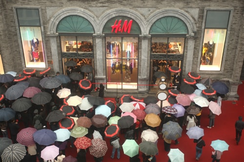 H&M plays catch-up